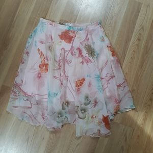 Romy floral flowy skirt size large